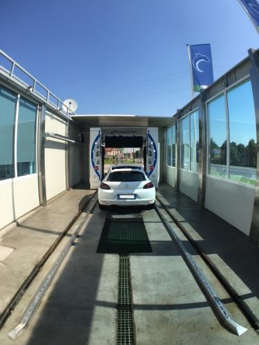 Autolavaggio Delfino Car Wash a Nichelino (TO)